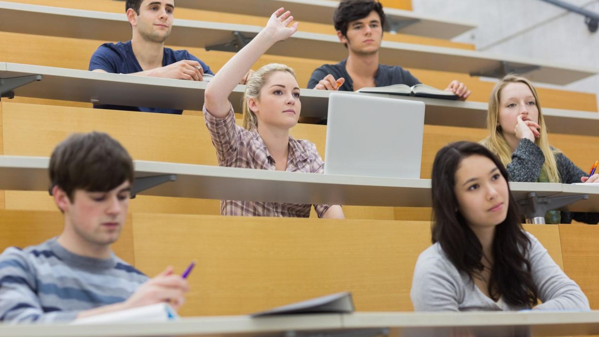 Estudantes universitários, eis como descontar o valor da renda no IRS