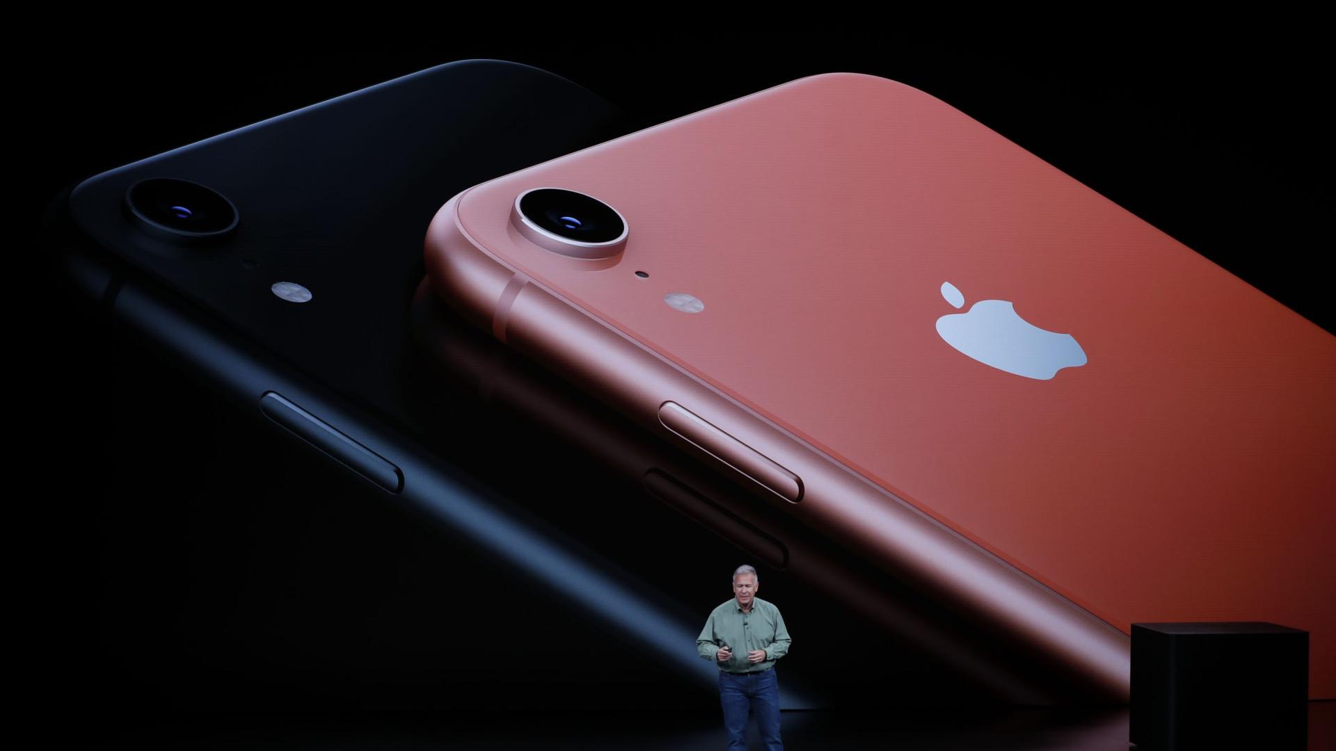 Apple vai reduzir preço dos iPhones, diz analista