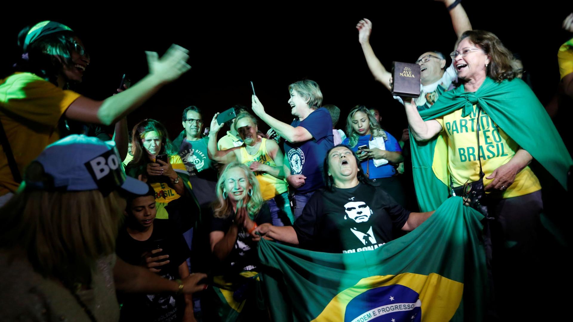 """SOS Racismo manifesta """"enorme preocupação"""" com vitória de Bolsonaro"""