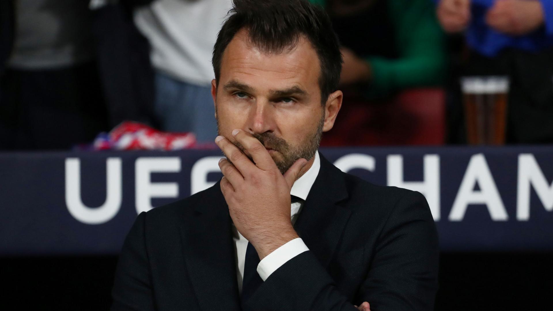 Escândalo no futebol belga: Treinador do Brugge detido em mega-operação
