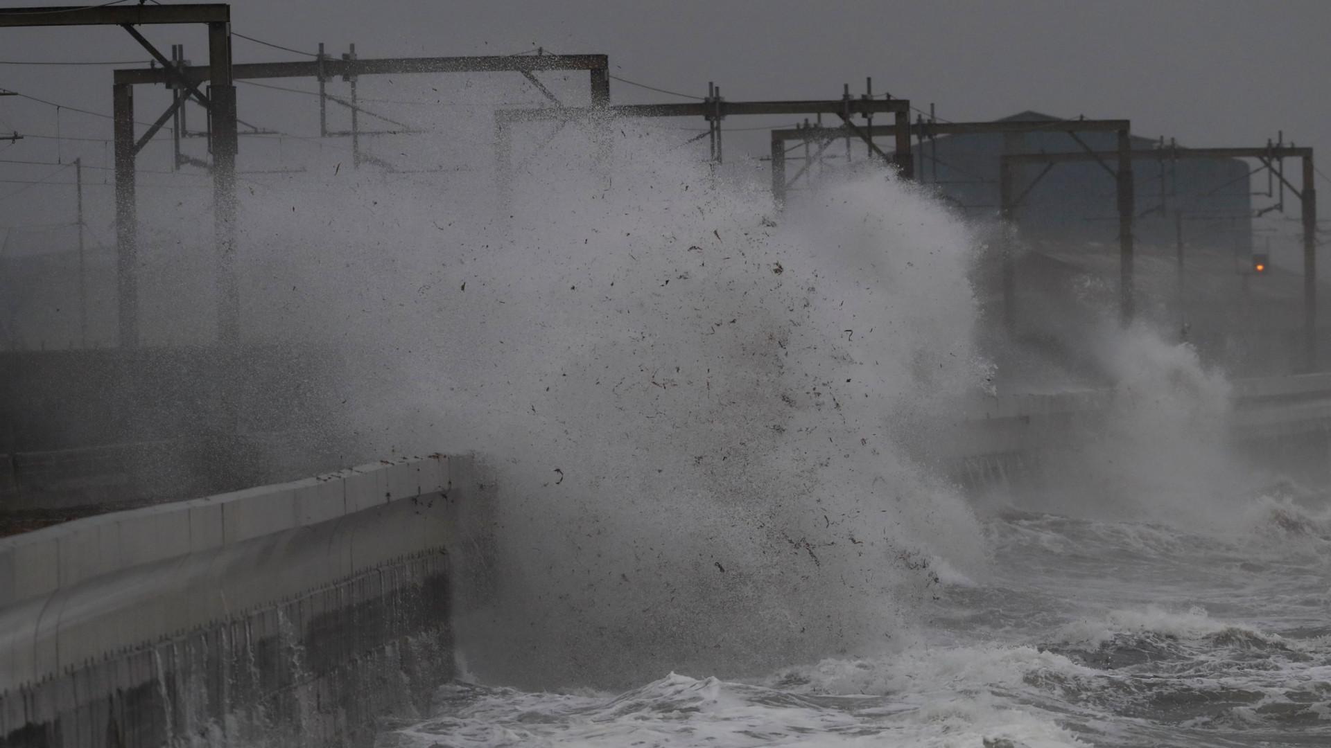 Tempestade Callum causou dois mortos no Reino Unido