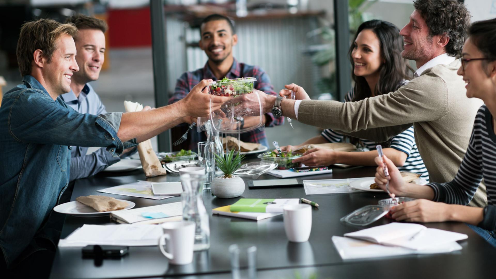 Trabalhadores portugueses têm intervalos de almoço mais longos da Europa