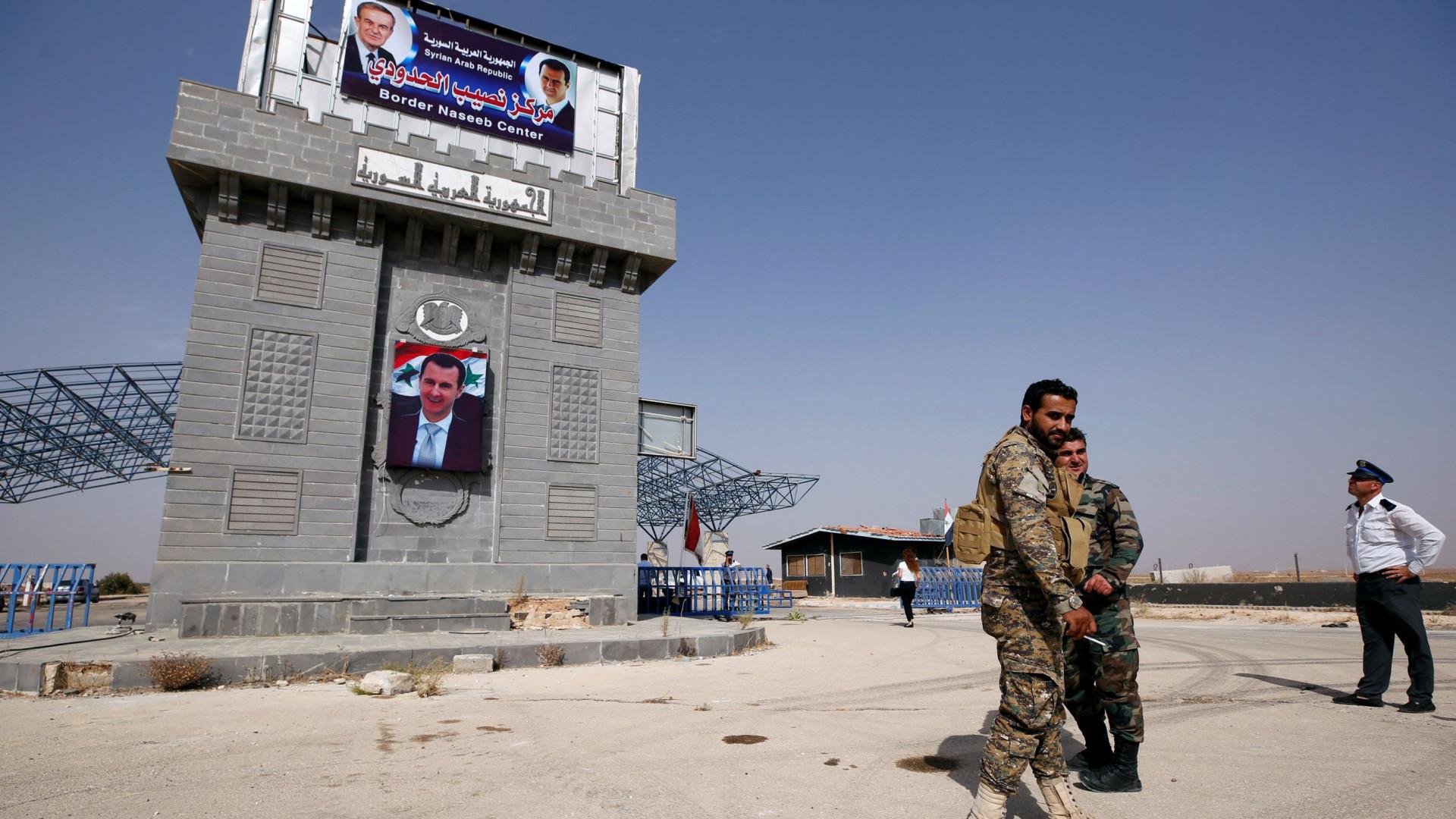 Confrontos entre forças governamentais e rebeldes em zona desmilitarizada