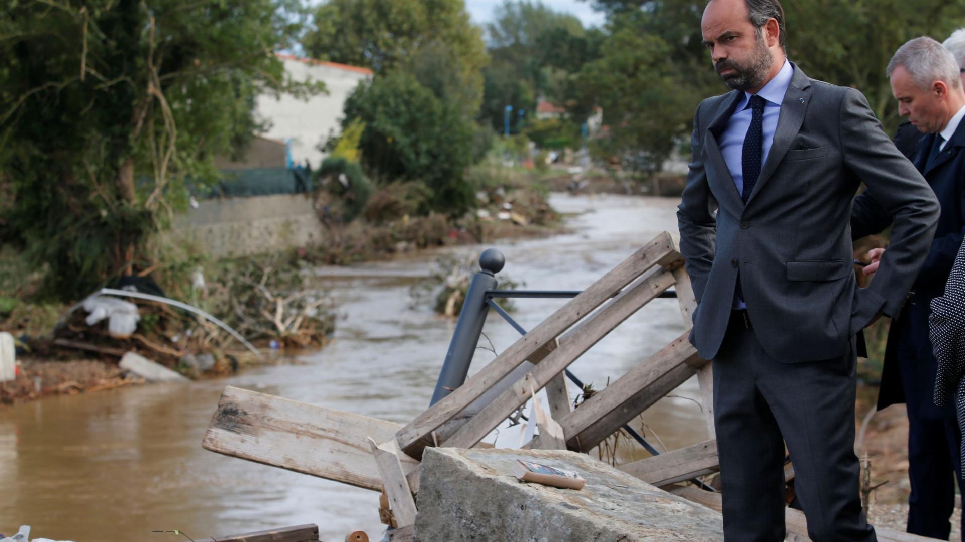 Número de mortos em inundações na França sobe para 12