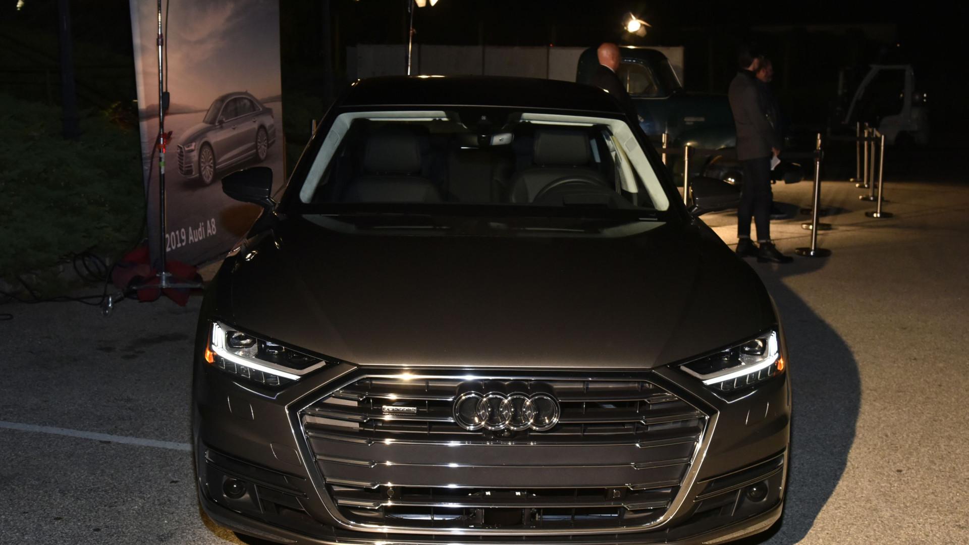 Audi multada em 800 milhões de euros por alterações dos motores a diesel