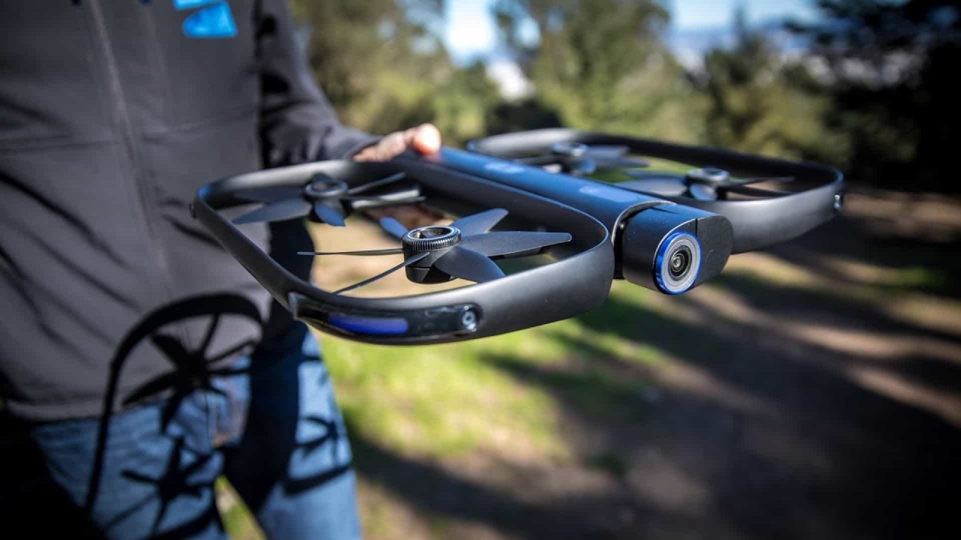 Um drone que pode ser controlado pelo Apple Watch
