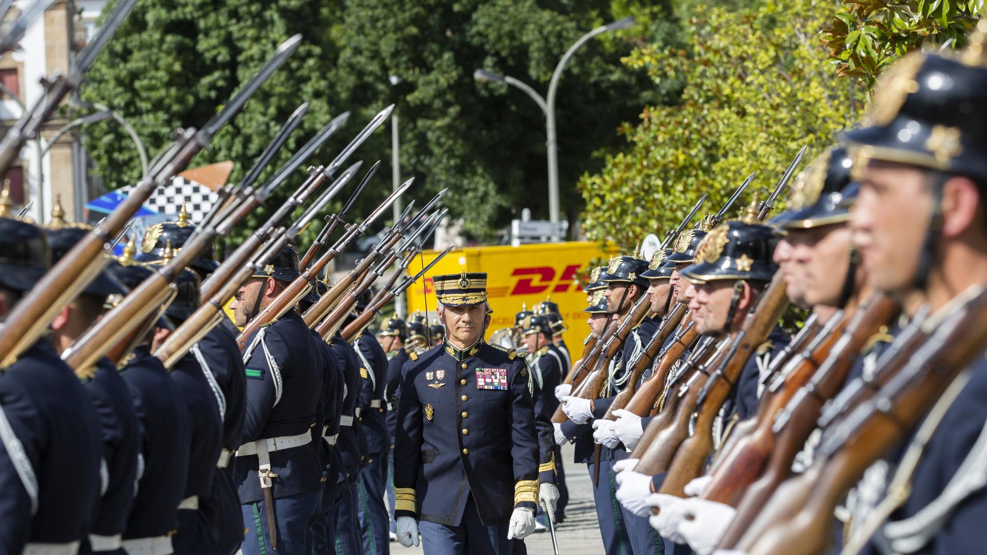 """CEME diz que furto de Tancos """"não abalou o Exército"""", mas serviu de lição"""