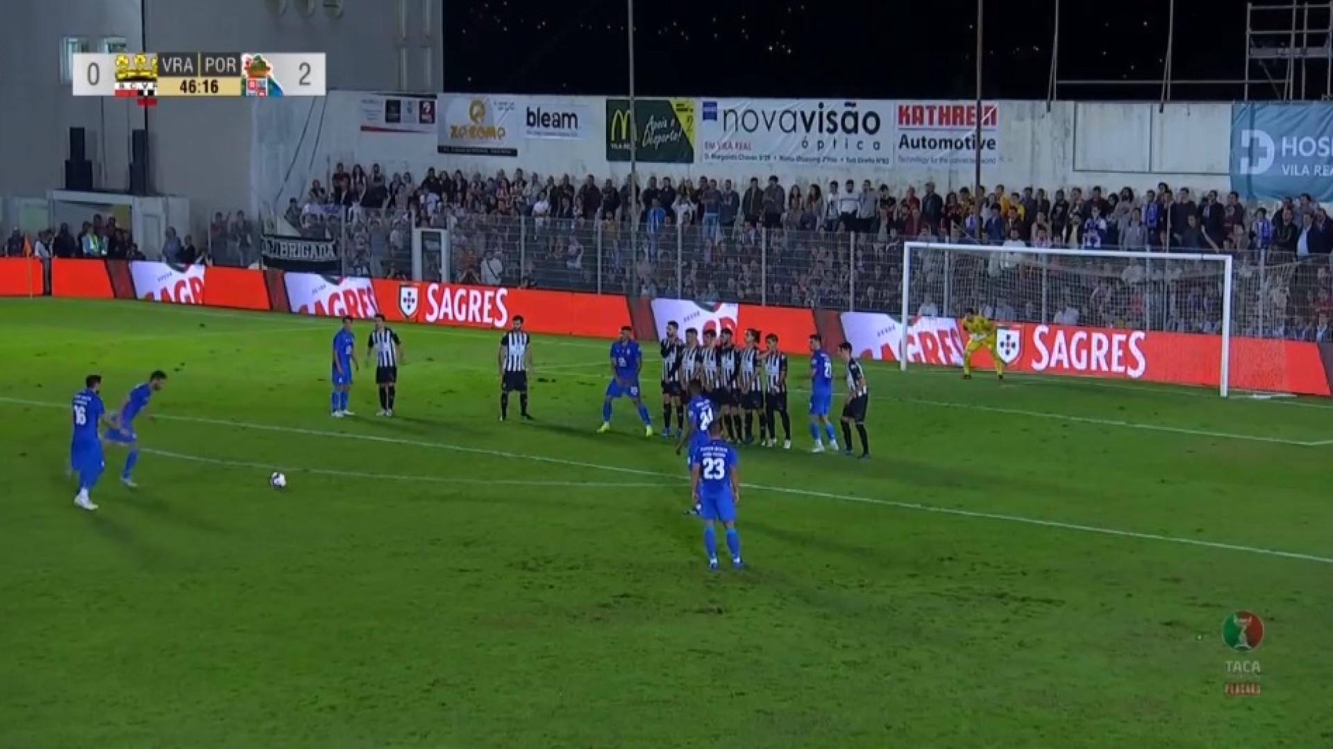 Dupla infelicidade para o Vila Real: Vermelho e novo golo azul e branco