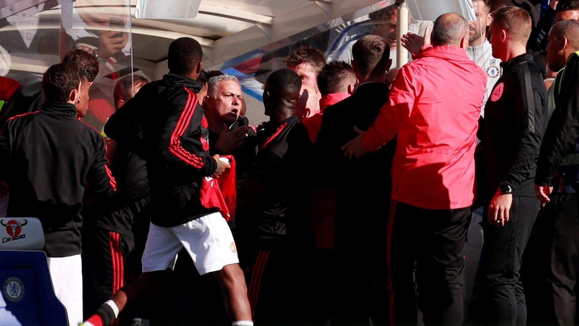 """Mourinho desvaloriza confusão: """"Cometi muitos erros na minha carreira"""""""