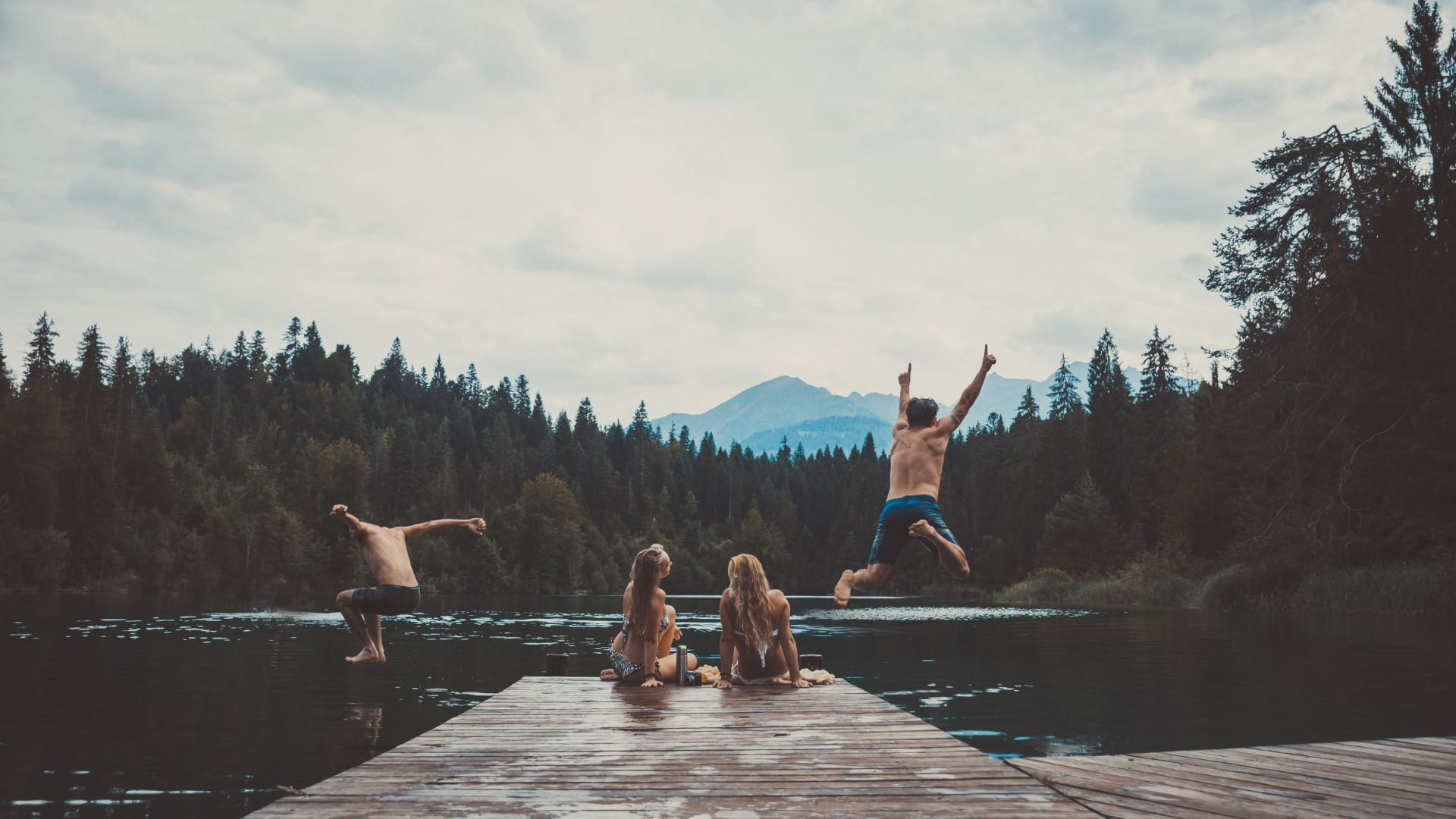 Parasita que 'devora' cérebro humano prolifera em lagos e piscinas