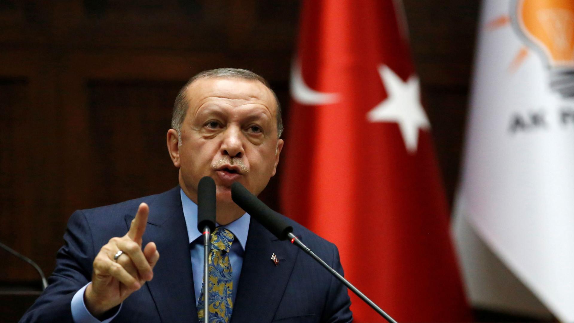 Erdogan fala com família do jornalista e promete esclarecer assassínio