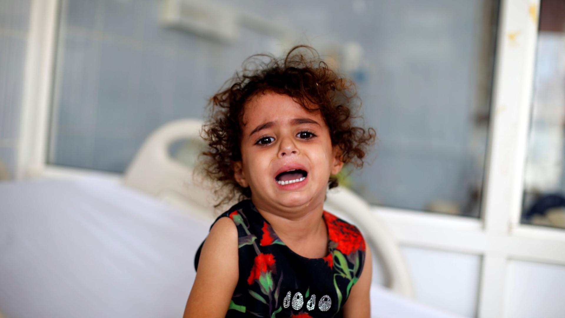 """Agência humanitária da ONU alerta para """"grande fome"""" no Iémen"""