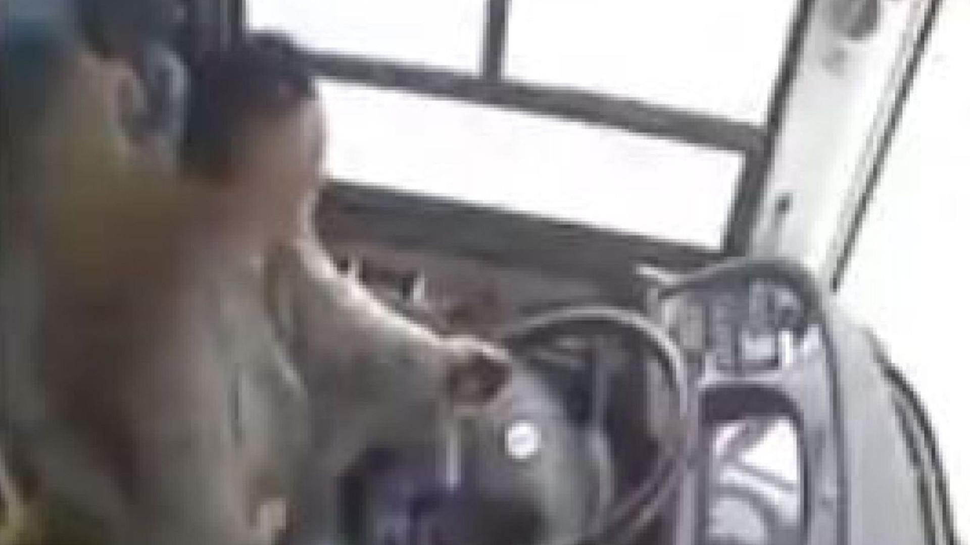 Luta em autocarro mata 15 pessoas na China