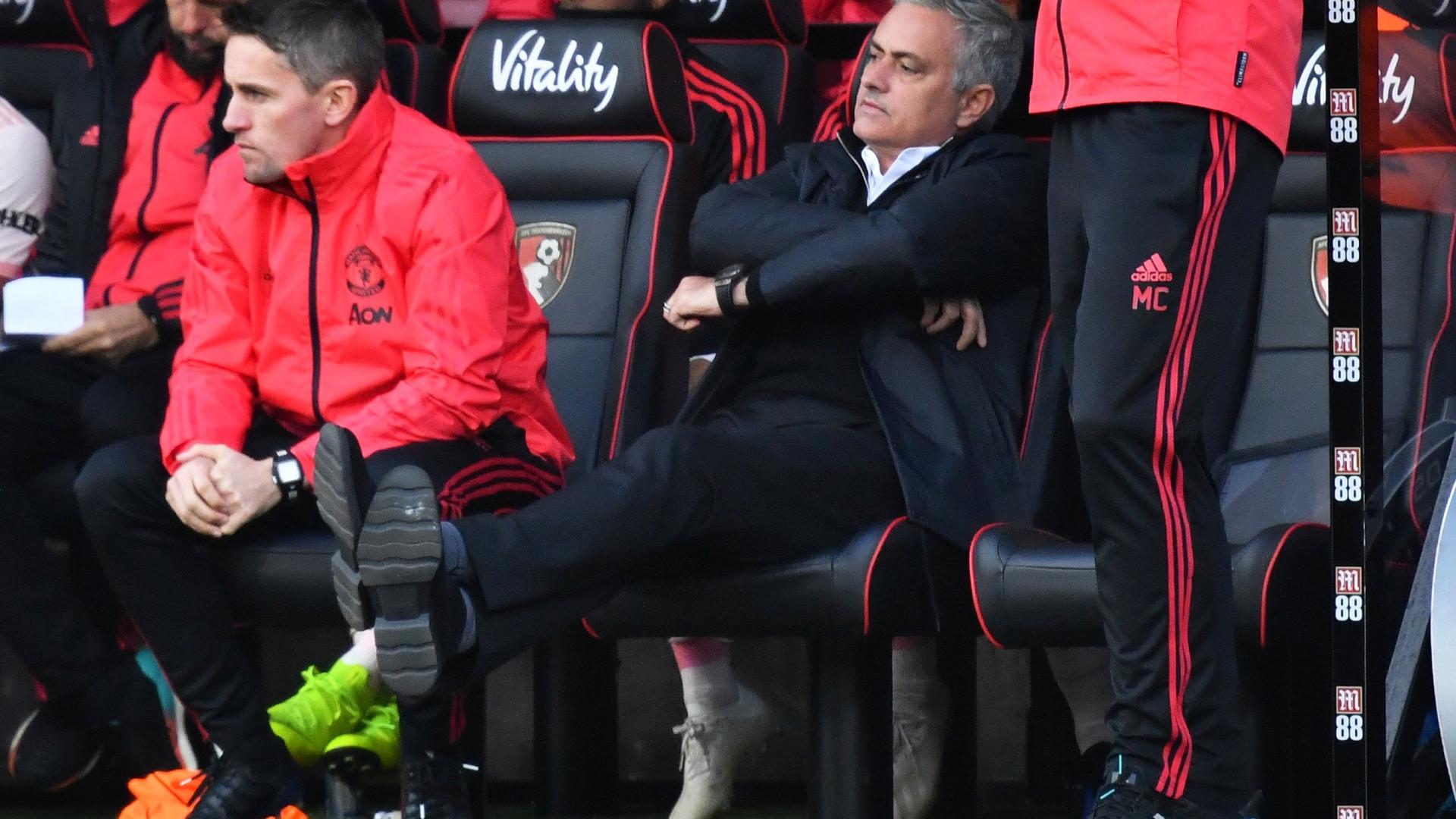 """""""Se não consegue fazer um passe, não tem de estar no M. United"""""""