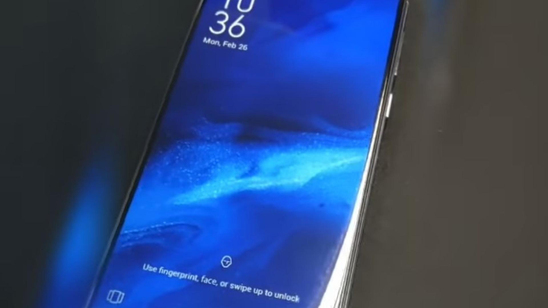 Asus apresenta novo topo de gama com ecrã 'curioso'