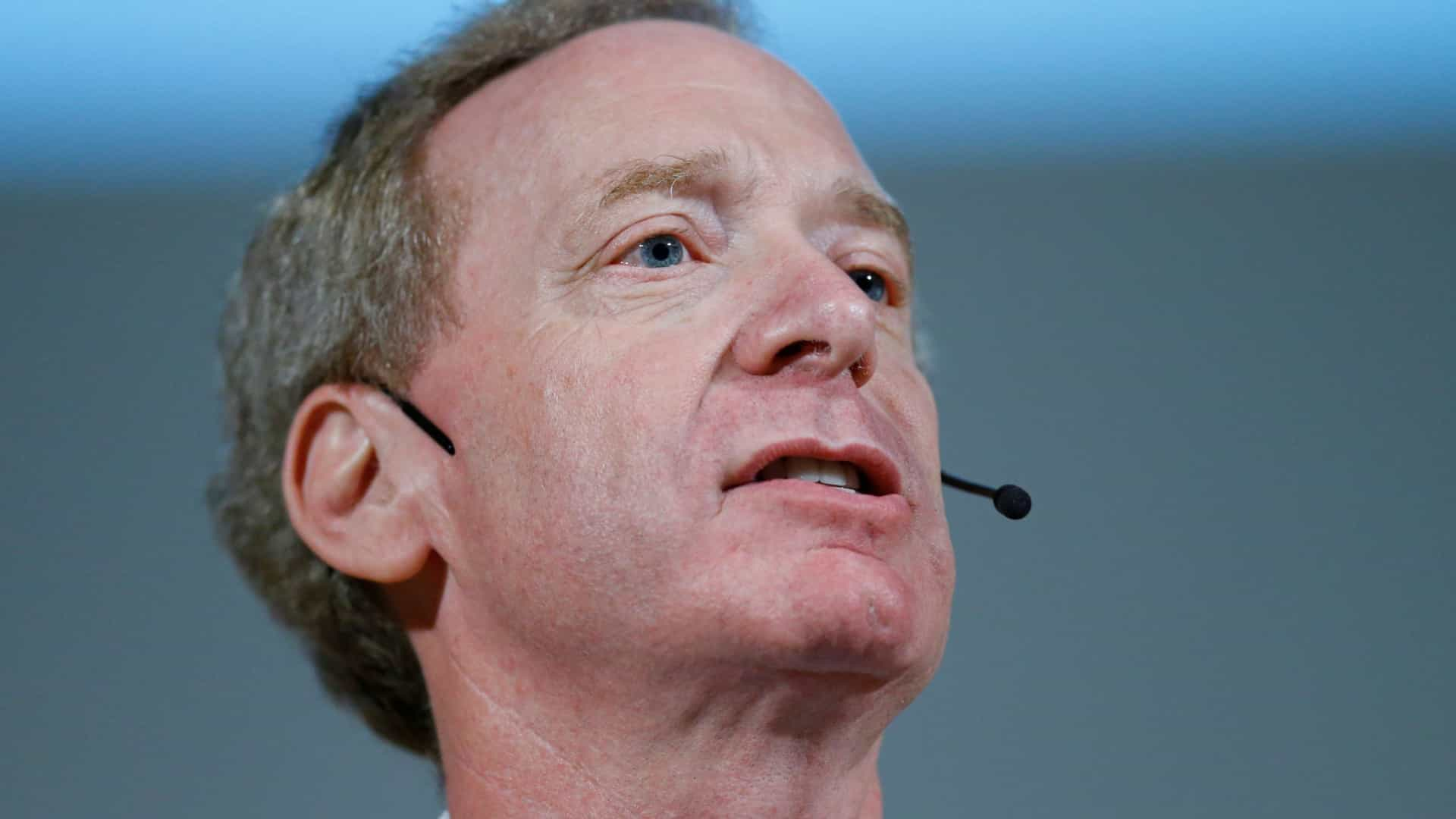 Presidente da Microsoft quer legislação sobre Inteligência Artificial