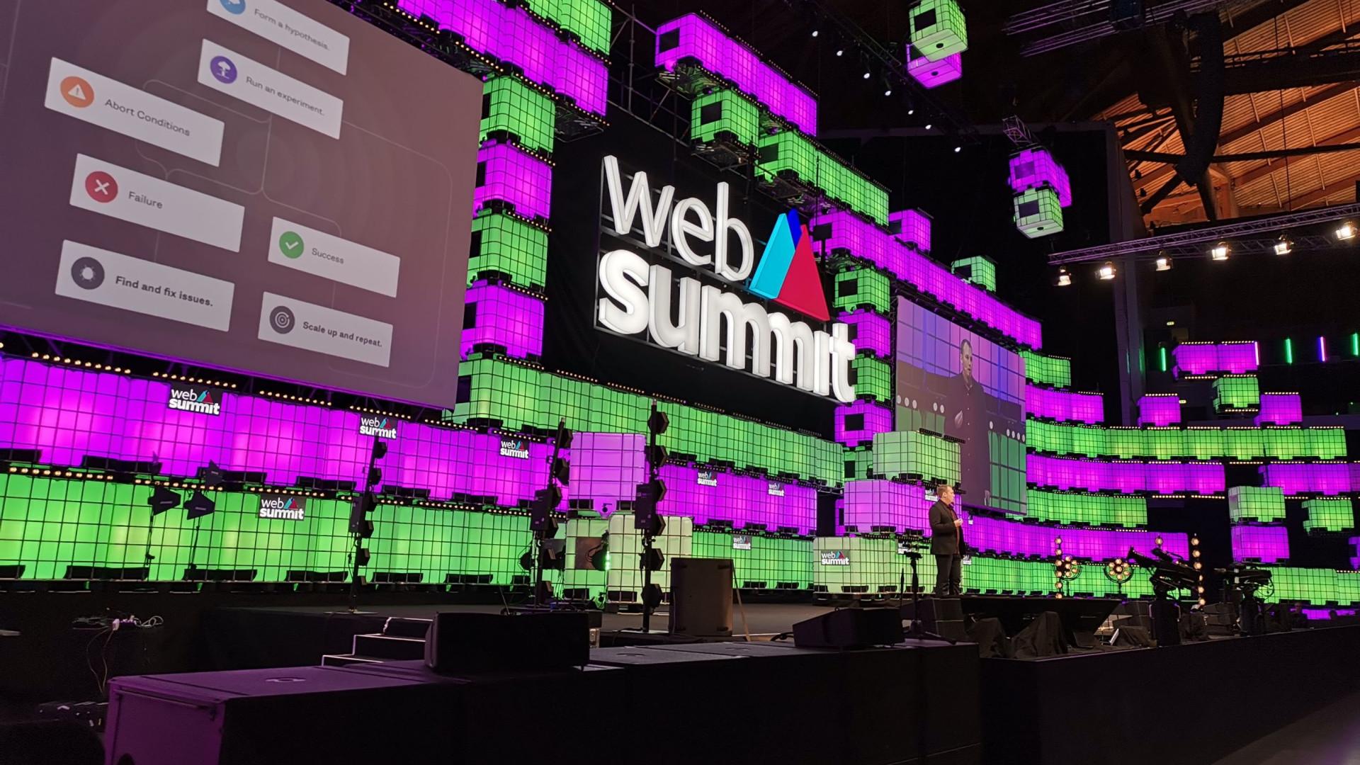 A IA dominou o terceiro dia da Web Summit. Veja as imagens