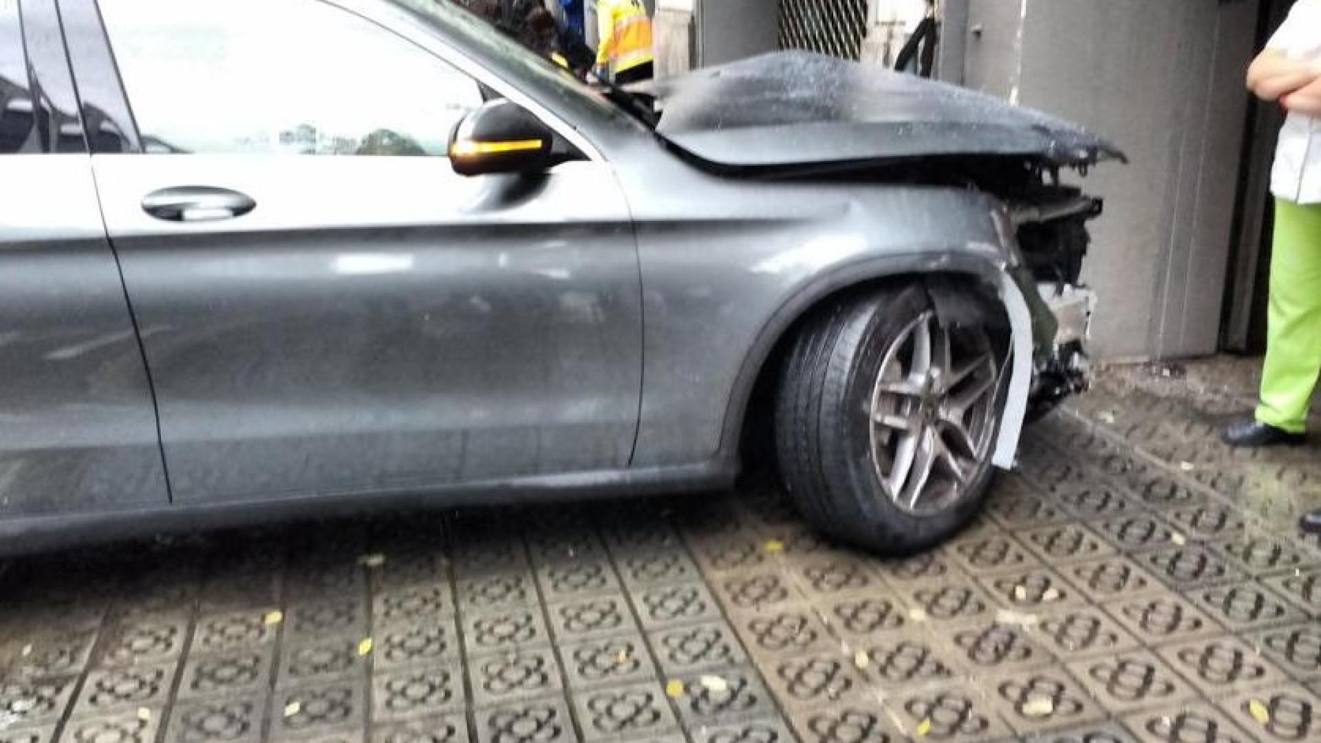 Carro despista-se em Barcelona e abalroa várias pessoas. Há 4 feridos
