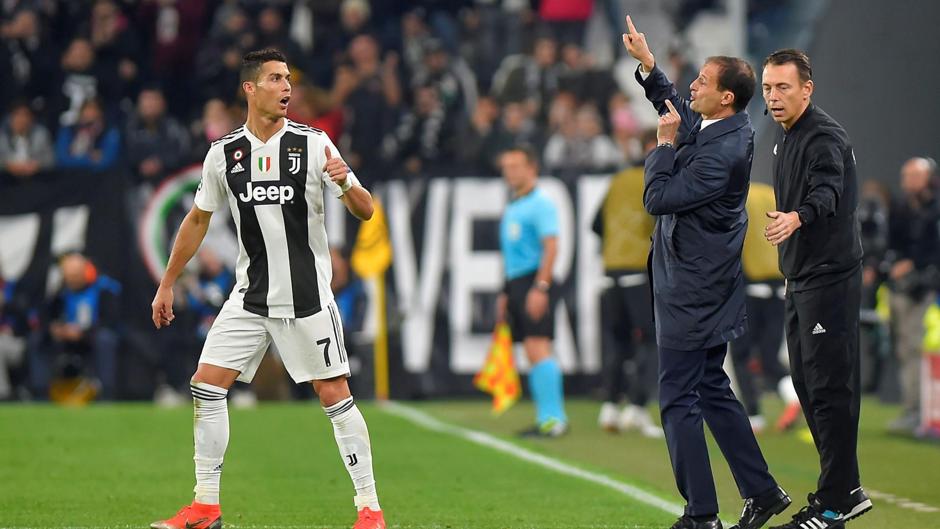 """""""Ronaldo é o melhor avançado do mundo que não joga a ponta de lança"""""""