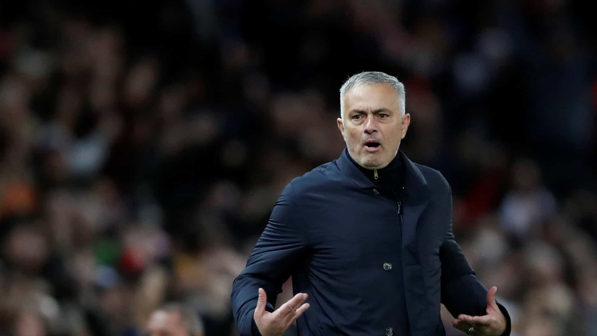 Mourinho de novo 'apanhado' em missão de observação de reforços