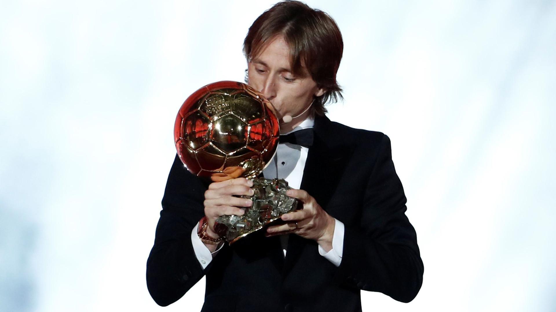 Oficial: Luka Modric conquista a Bola de Ouro 2018