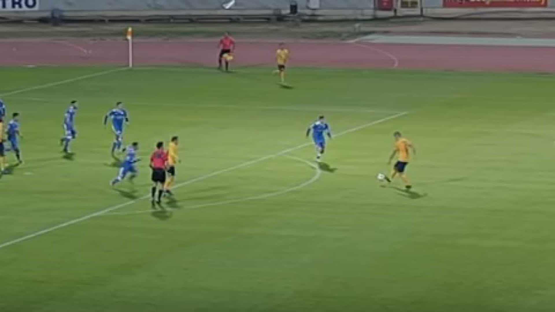 Leandro Silva marca golaço na Taça do Chipre