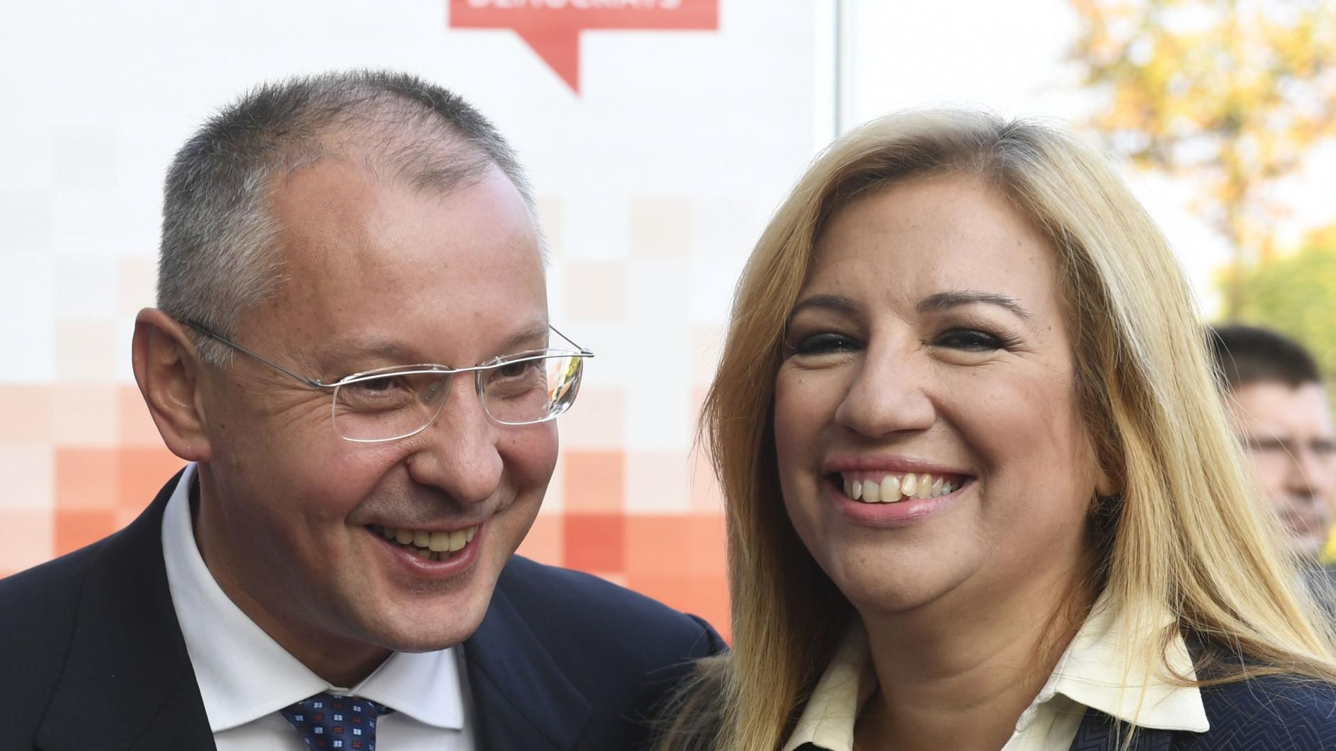 """Líder do PASOK denuncia os """"maus governos"""" do SYRIZA"""