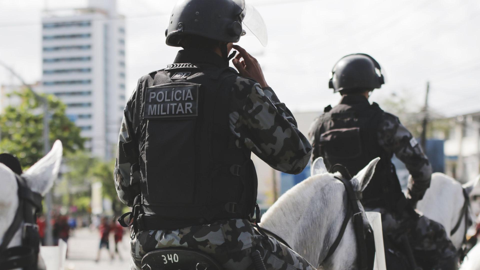 Sobe para 14 número de mortos em tentativa de assalto a bancos no Brasil