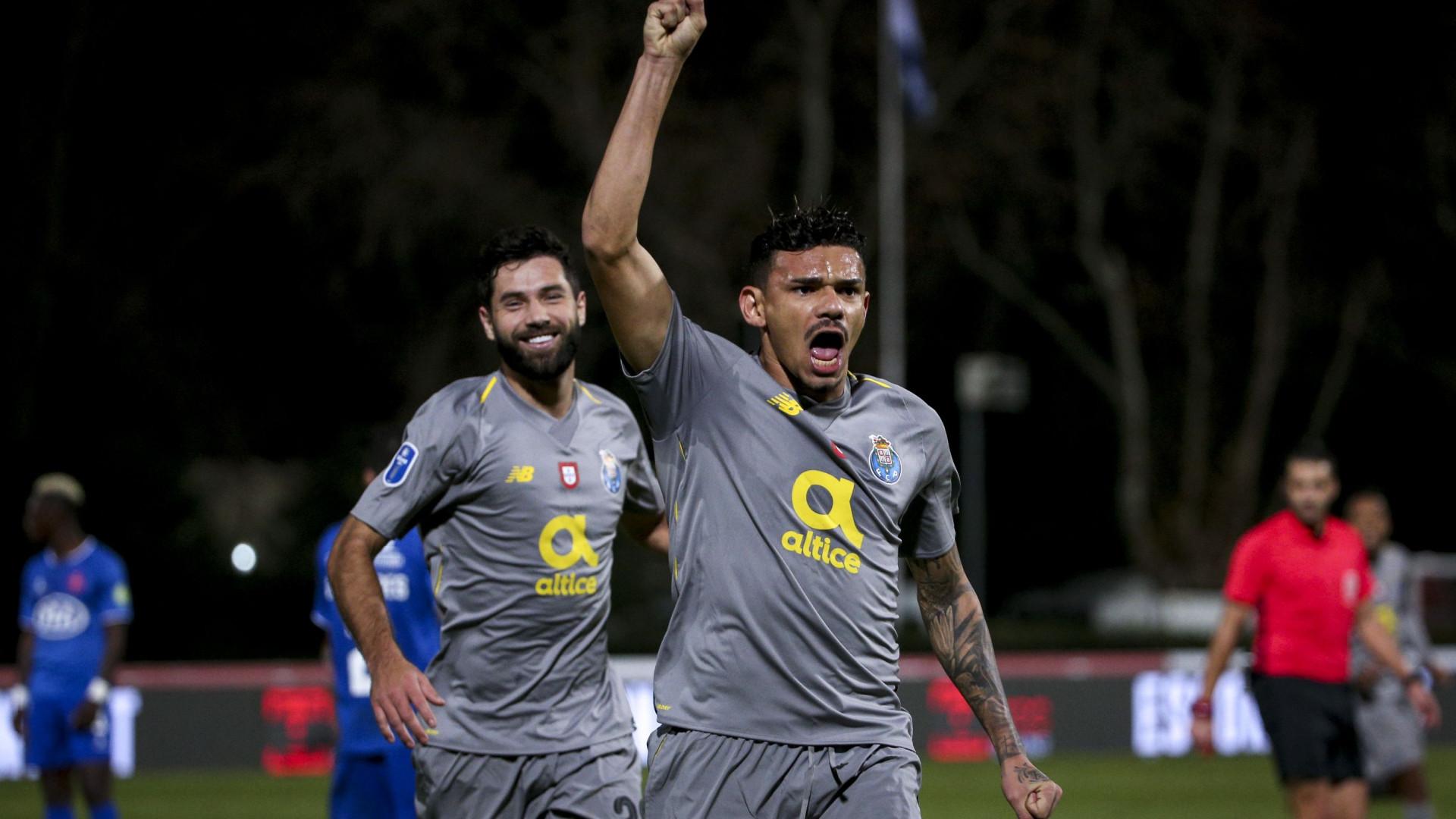 Golos de Marega e Tiquinho Soares garantiram o triunfo do FC Porto sobre o  Belenenses SAD no último encontro do Grupo C da Taça da Liga. 544bdb21fa2bd