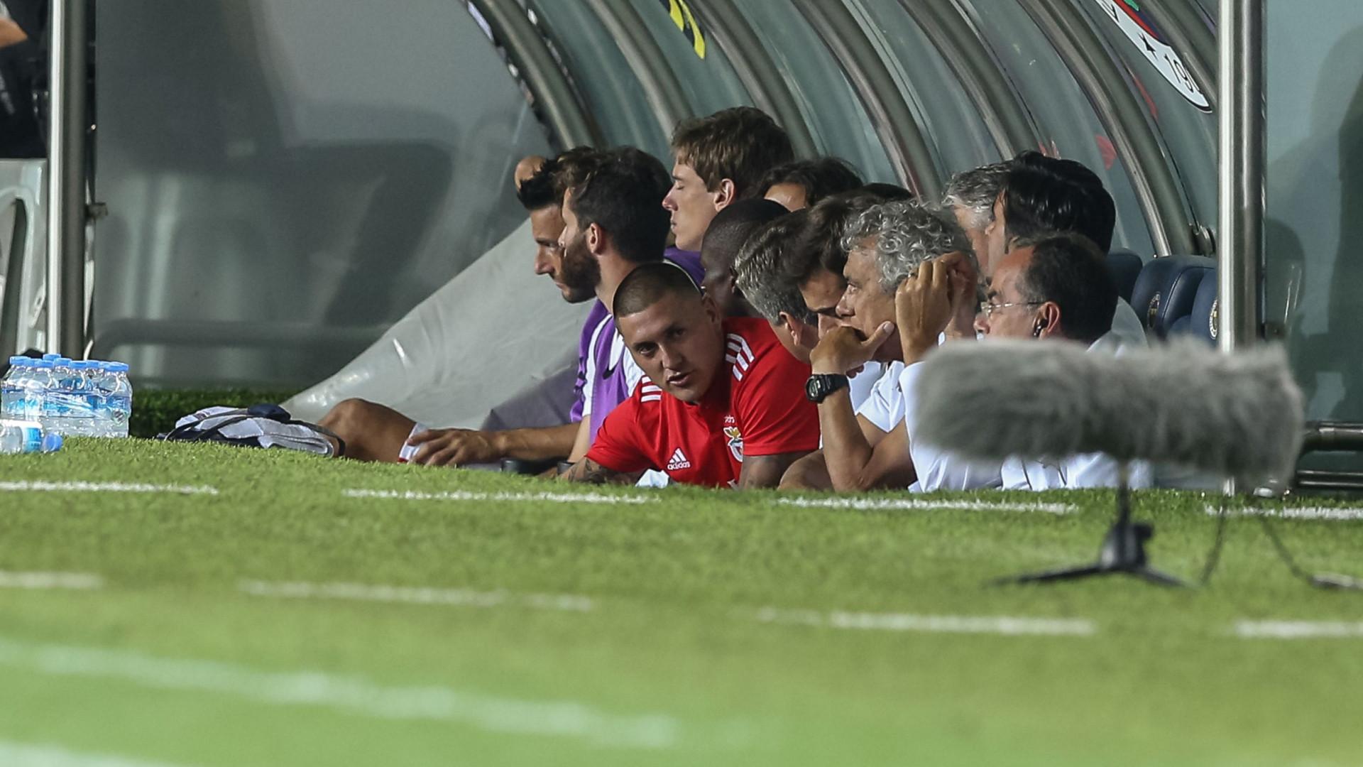 """Castillo assume fracasso na Luz: """"Responsabilidade é totalmente minha"""""""