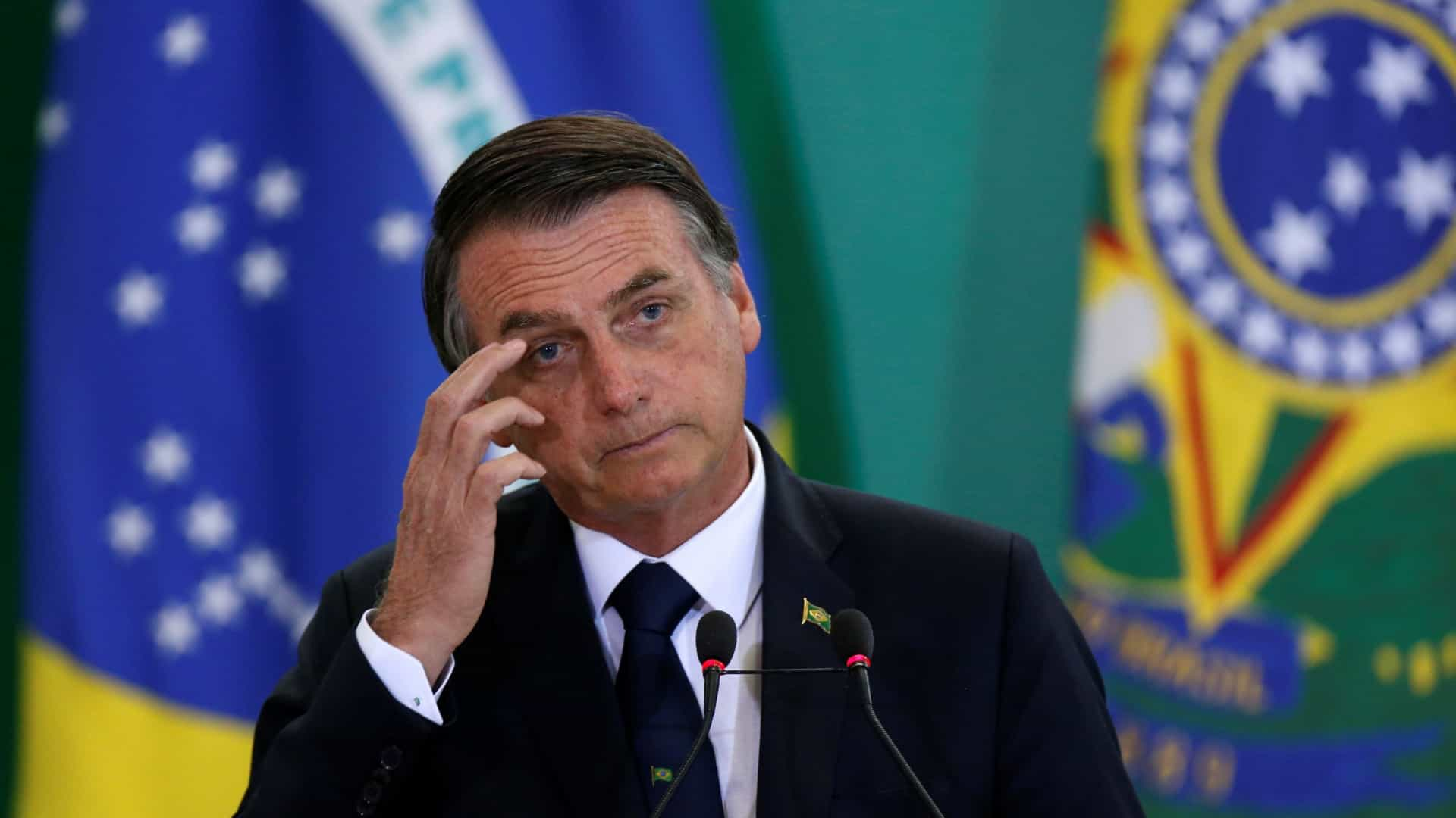 Governo de Bolsonaro declara apoio ao líder da oposição na Venezuela