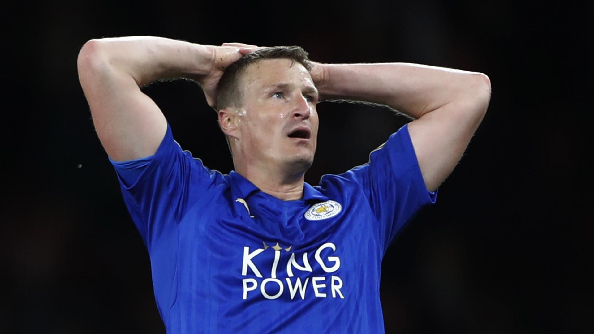 Apontado como reforço do Derby, ex-Chelsea revela que... já se retirou