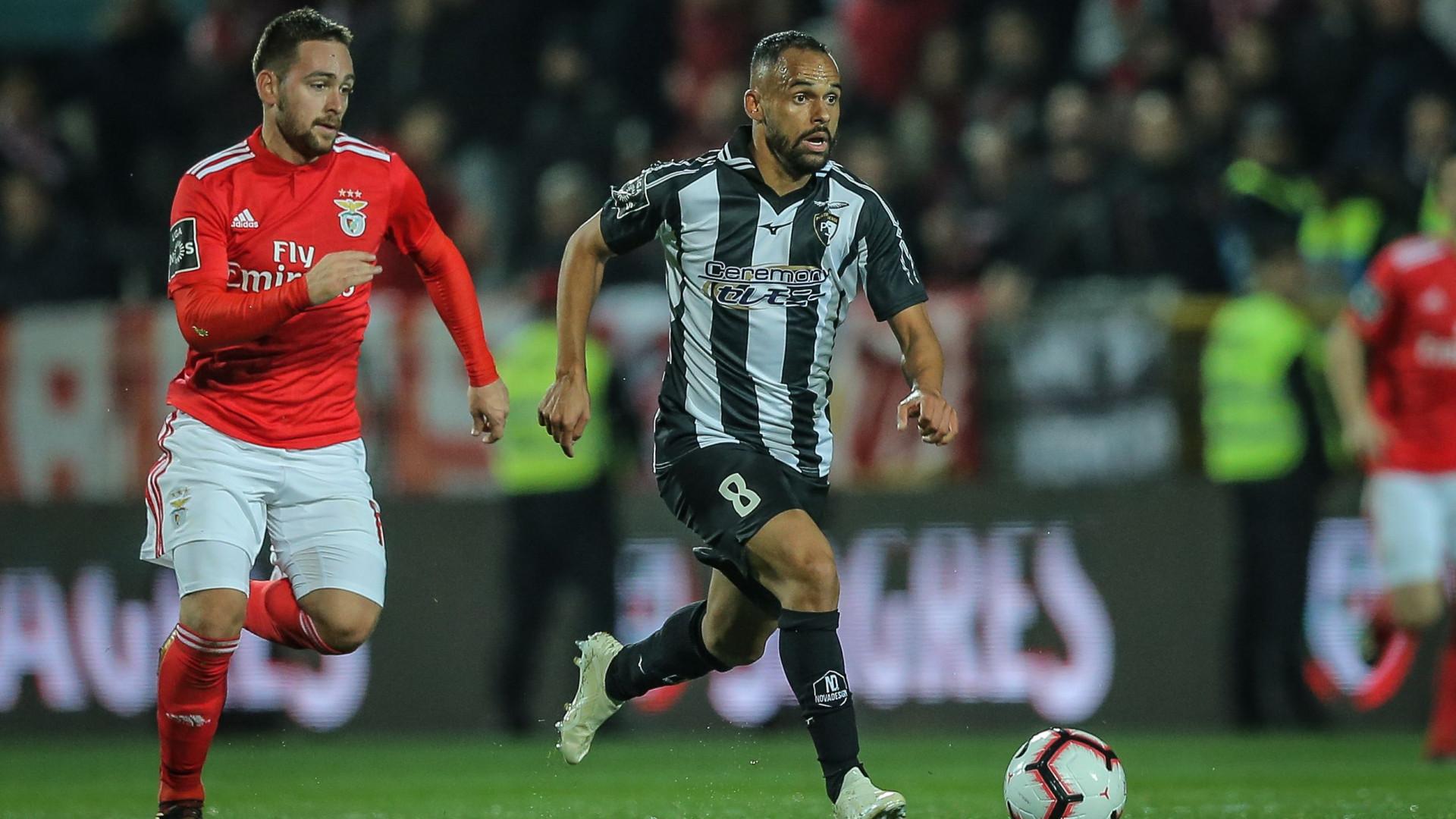 CD multa Benfica pelo incêndio nas bancadas de Portimão
