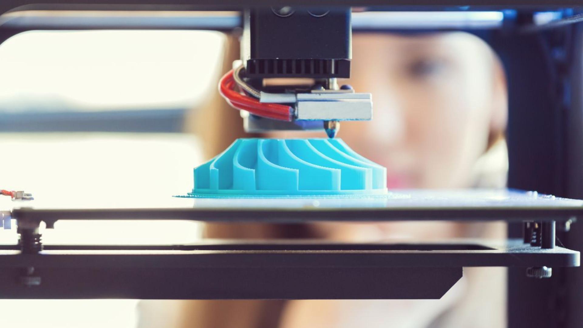 Nova impressora 3D cem vezes mais rápida apresentada nos EUA
