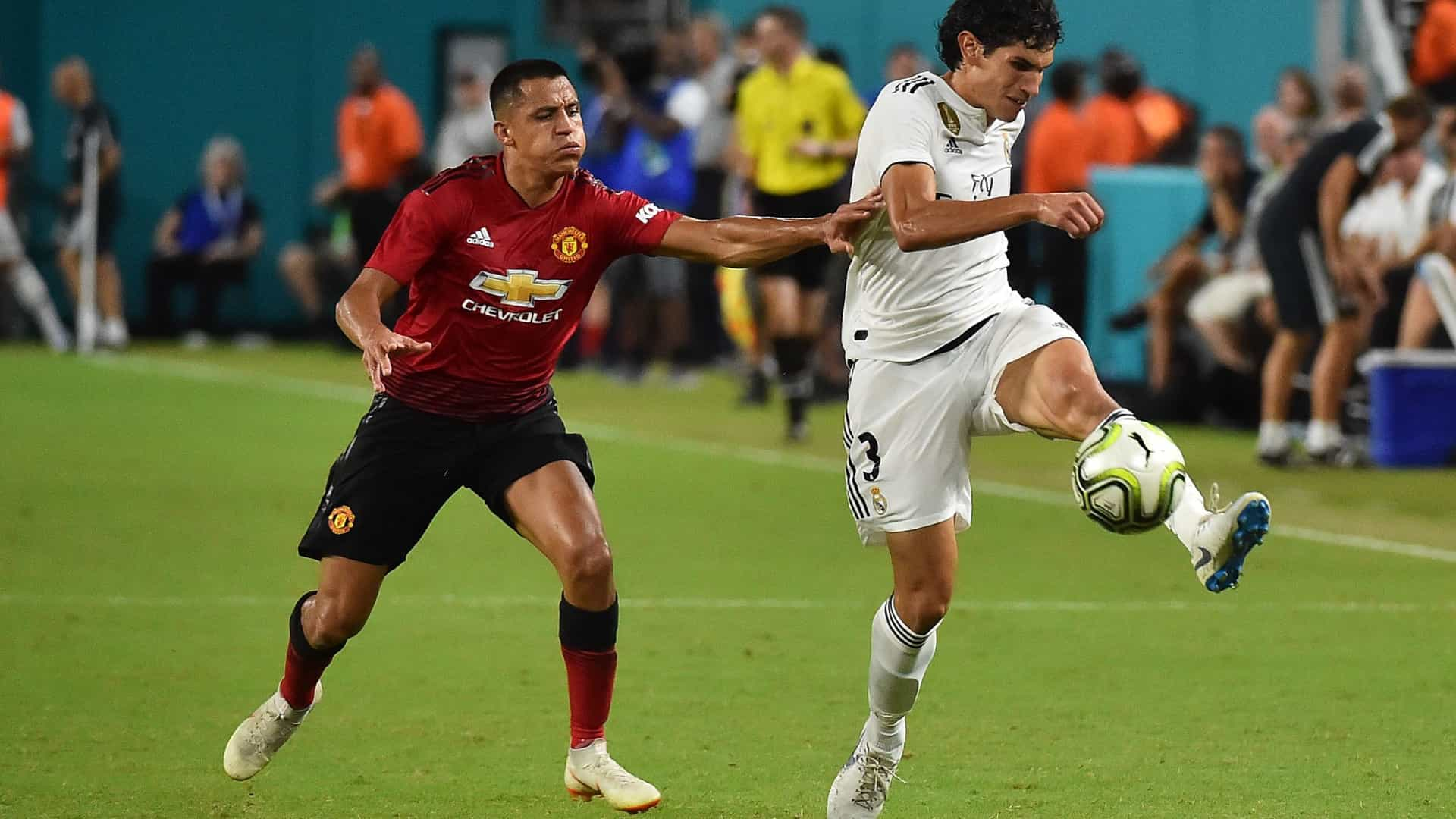 Vallejo lesiona-se e deixa treino do Real Madrid em lágrimas