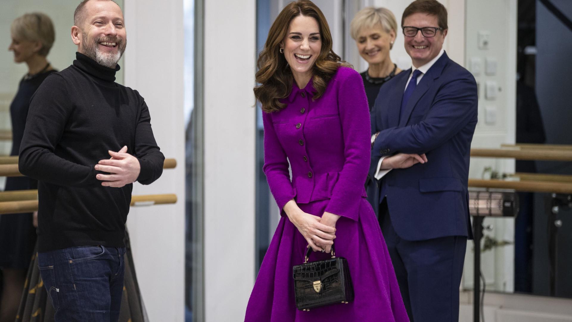 Kate Middleton: O look cor-de-rosa e feminino que encantou os fãs
