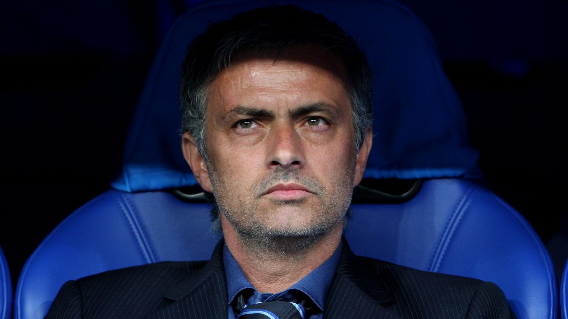 """José Mourinho: """"Já recusei três ofertas de trabalho"""""""