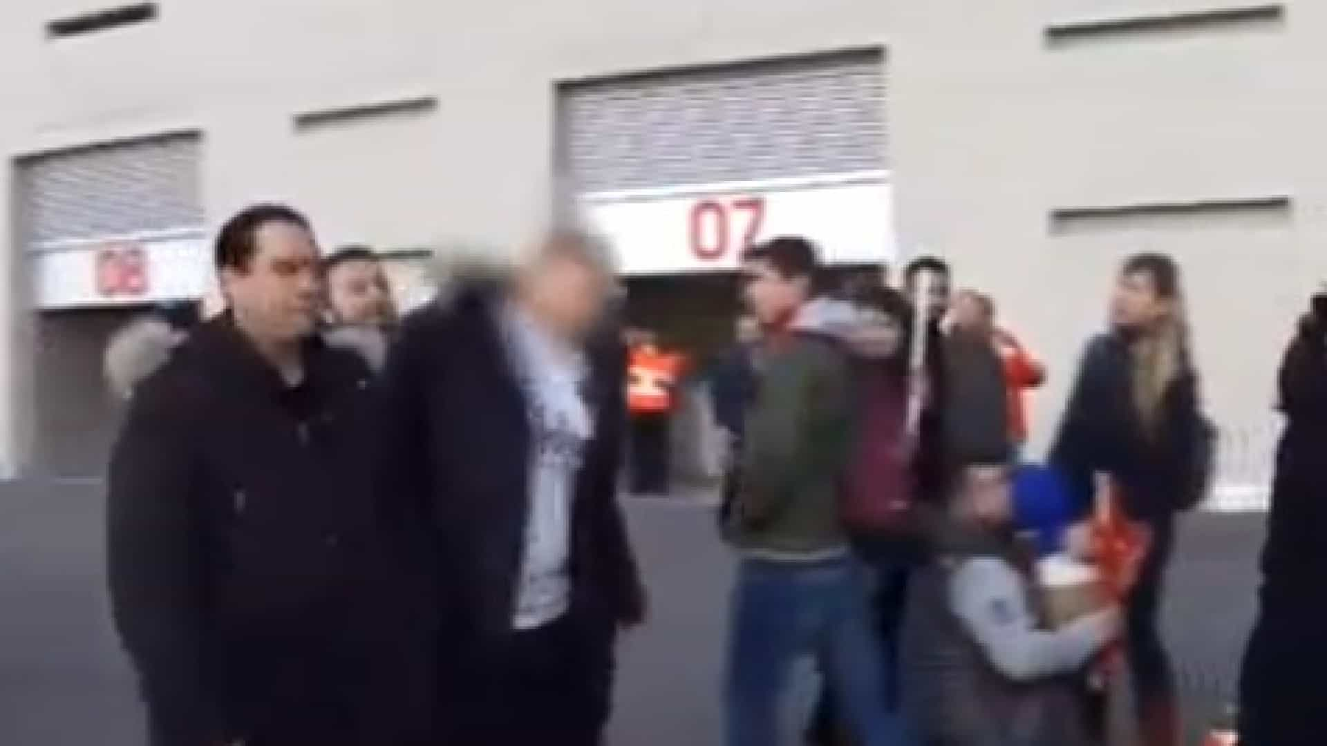 Adepto do Atlético agride rival do Real após vitória merengue no dérbi