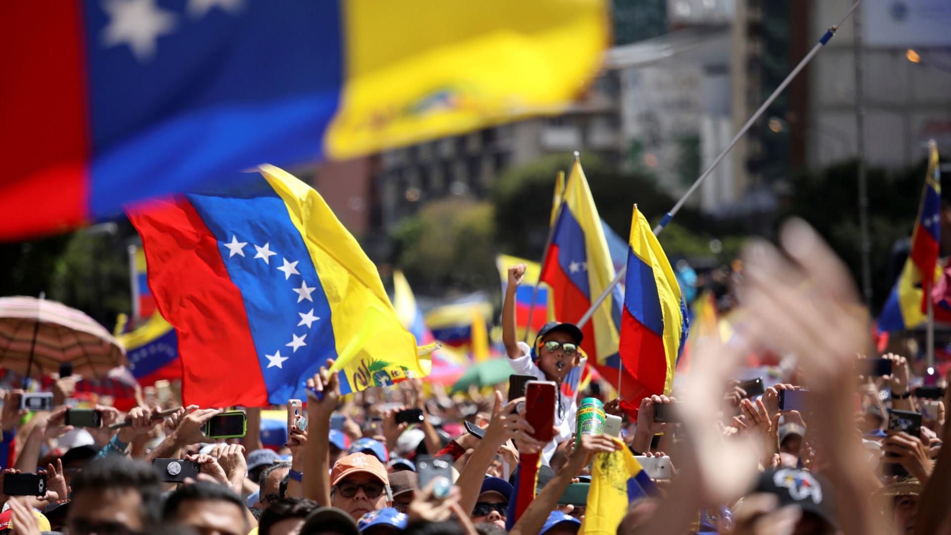 Venezuela: Reino Unido anuncia envio de ajuda humanitária