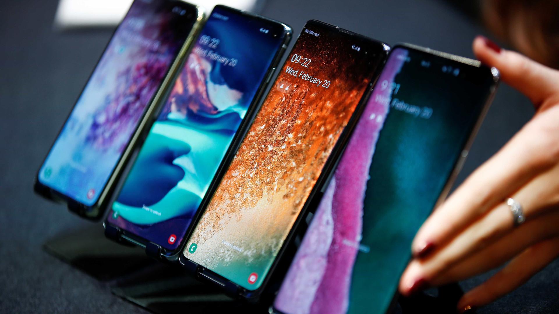 Galaxy Fold e Galaxy S10. Veja as imagens dos novos topos de gama