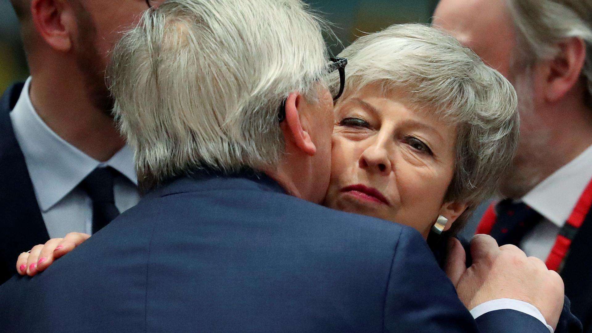 União Europeia aceita adiar Brexit mas a duração depende do parlamento