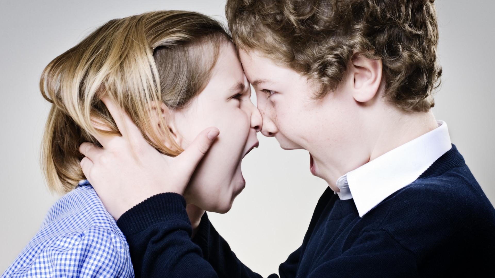 São mais inteligentes. 6 qualidades surpreendentes dos irmãos mais velhos