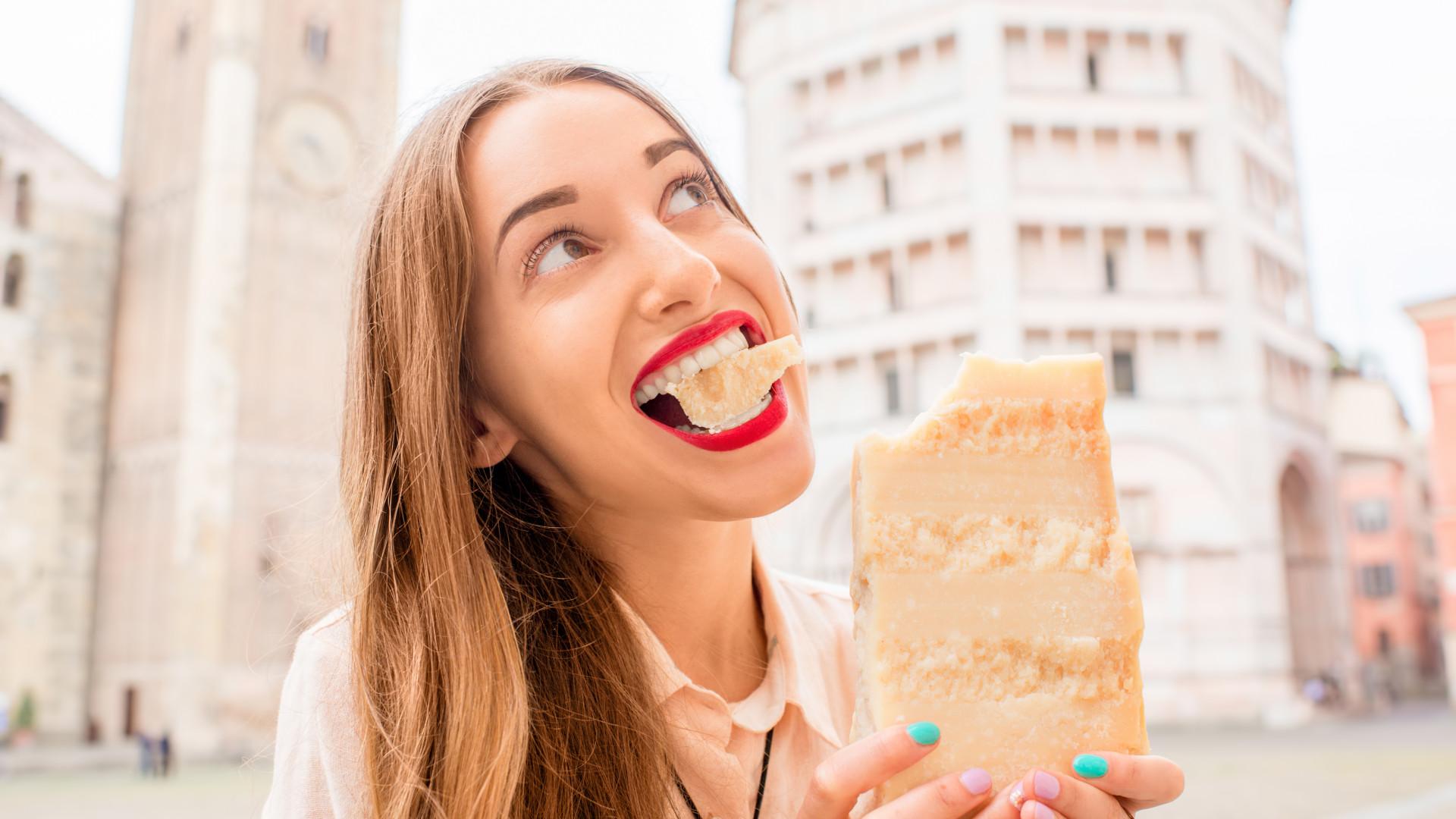 Comer queijo pode ajudá-lo a viver mais, garante um novo estudo