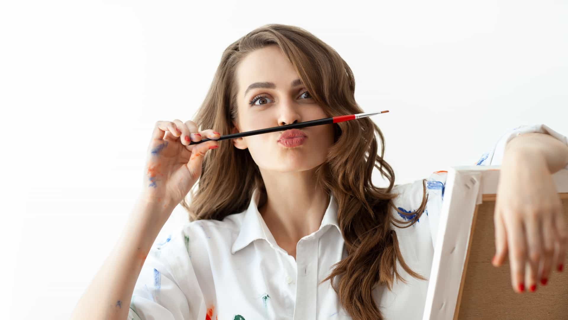O leitor perguntou: Como posso tirar nódoas de caneta da roupa?