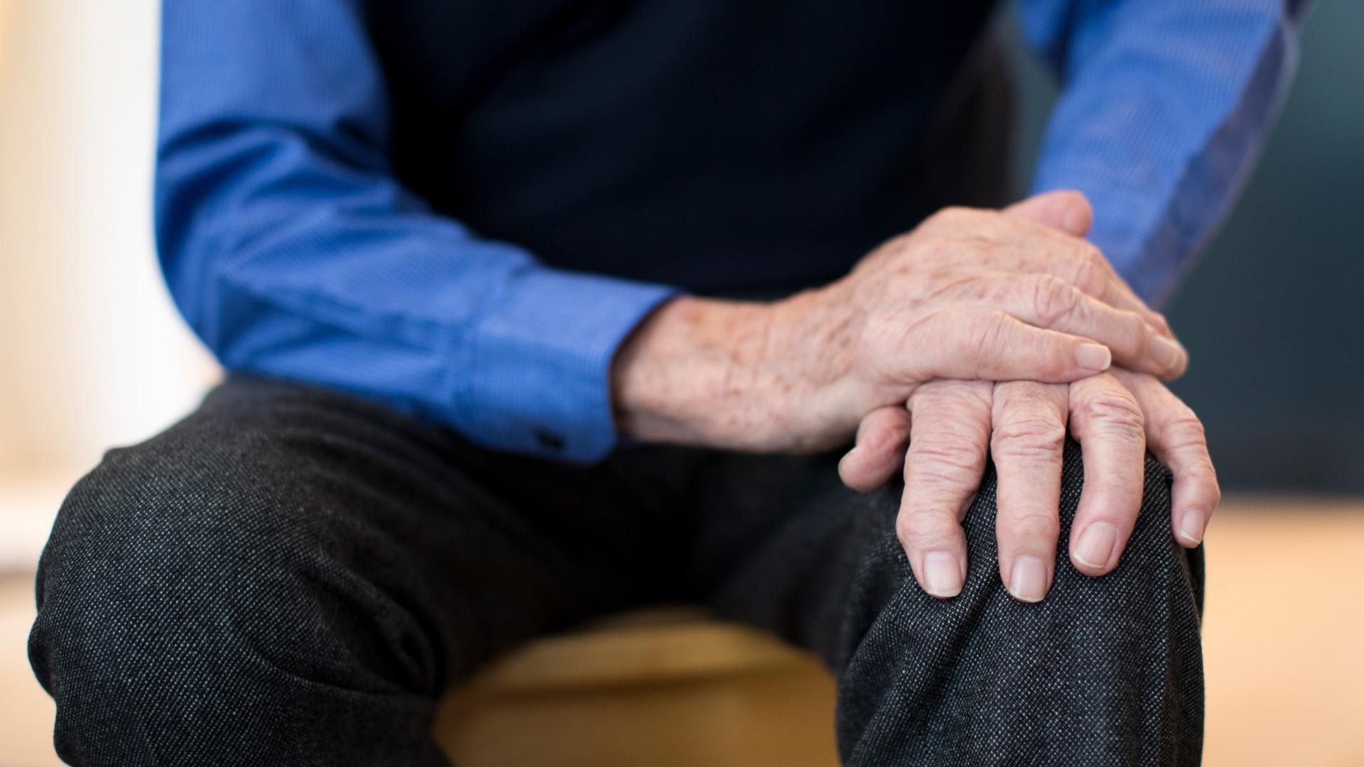 Doenças da mente. Sete sintomas de Parkinson que deve ter em atenção