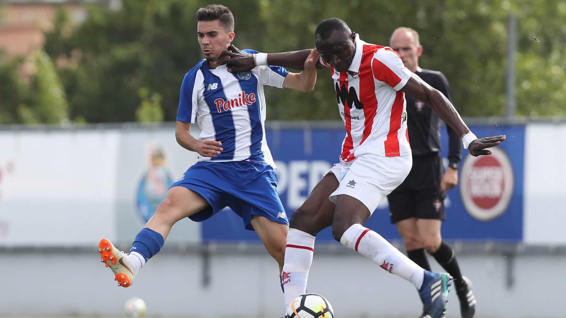 Júnior do FC Porto brilhou em Toulon e foi eleito revelação do torneio