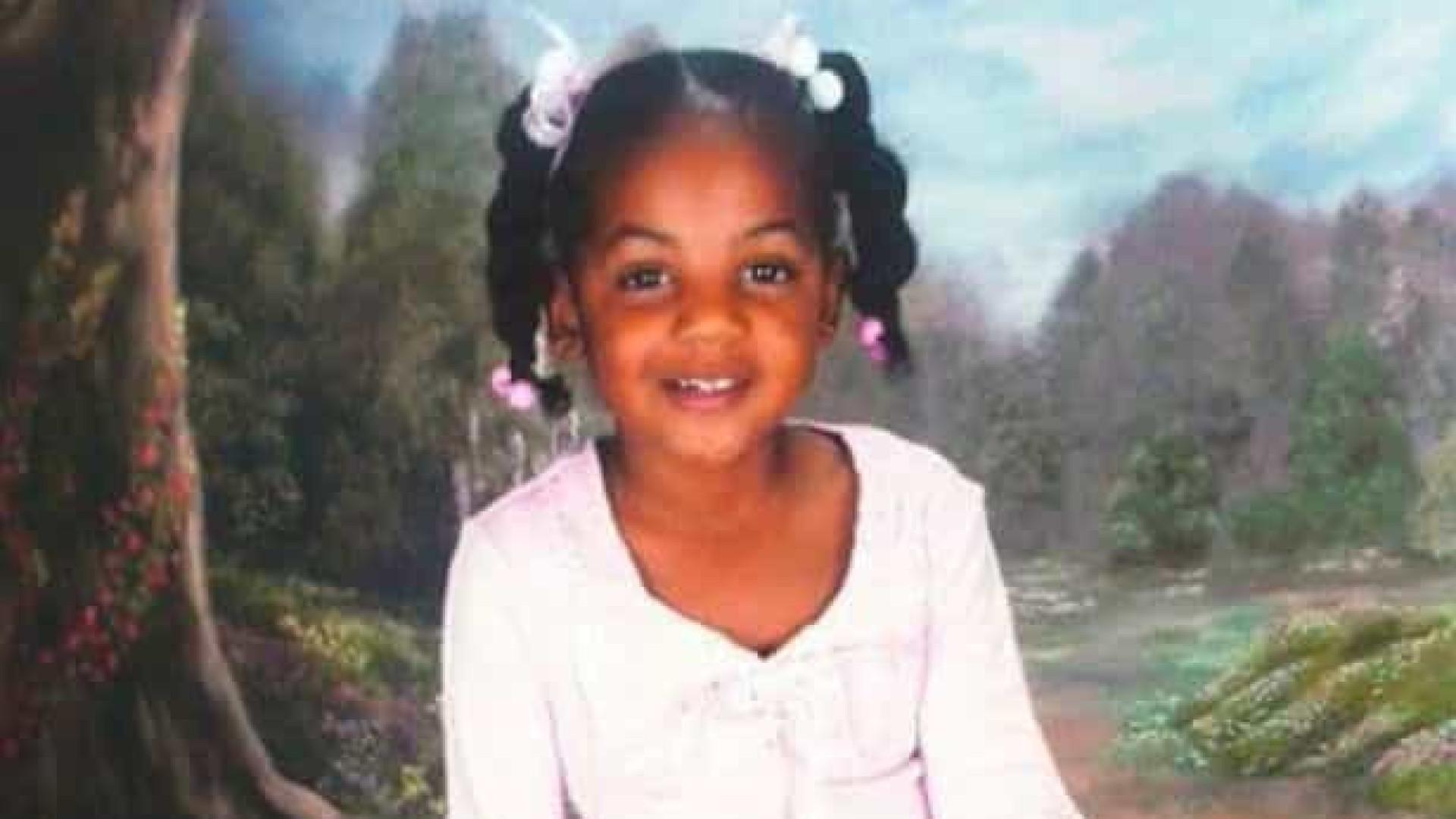 Menina torturada até à morte pela madrasta pesava 14 quilos aos 10 anos