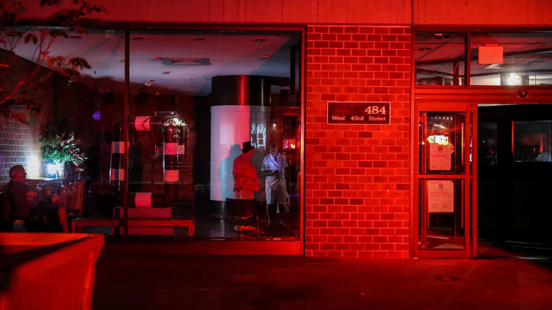 Fornecimento de energia restaurado em Nova Iorque após 5 horas de apagão