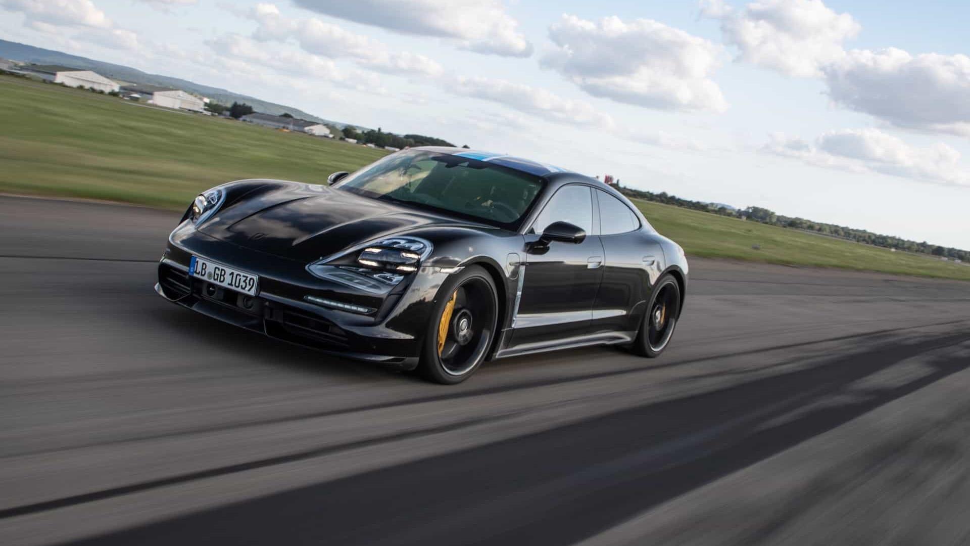 Carro elétrico da Porsche terá app de música da Apple
