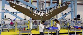 Produção industrial sobe1,9% em março e abranda face a fevereiro